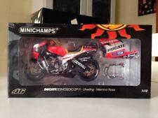 DUCATI DESMOSEDICI GP11 Valentino Rossi MotoGP 2011 122110846 1/12 Minichamps
