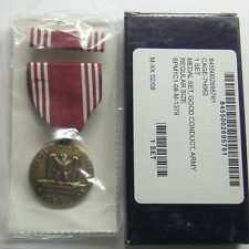 U.S. Army Good Conduct Gi Issue Medal Set in Box
