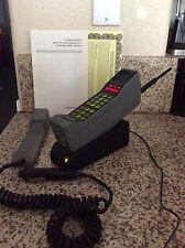 Vintage Motorola 8000M Thick Brick Analog Cell Cellular Mobile Phone
