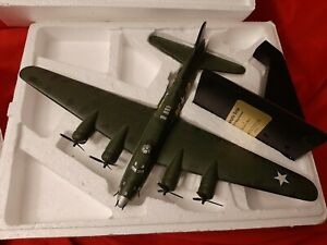 Danbury Mint 1/72 Memphis Belle B-17f Fortress MBI 2002 Box Rare