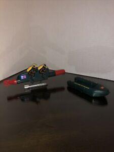 LG281 Britains Deetail 2-Man Submarine 4302 frogmen torpedo sub & Life Raft