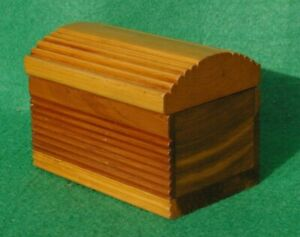 HINGED WOODEN CHEST SHAPED RIBBED BOX MADE OF VARNISHED CALIFORNIAN REDWOOD
