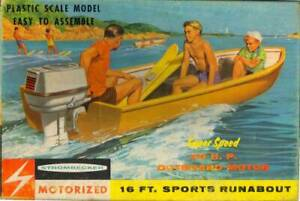 Strombecker Motorized 16' Sports Runabout Plastic Model Kit  Kit#B2-129