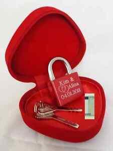 Liebes Schloss mit Gravur Rot +HerzBox Valentinstag Hochzeit Jahrestag Geschenk