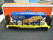 Lionel O-gauge flat car with CUB SCOUTS Pinewood Derby Car kit 6-26654