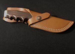 GERBER 425 Presentation Hunting Knife -Finger-grooved -Vtg/Collection