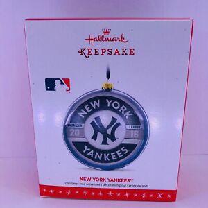 Hallmark Keepsake NEW YORK YANKEES Major League Baseball, 2016, Glass, NMIB