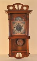 Jugendstil wall clock with stylish case in great condition, c. 1910