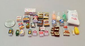 Dollhouse Food and Beverages, lot of 33  (Acc#16)
