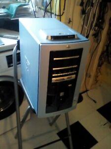 Vintage HP Media Center m000 PC