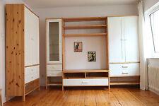 IKEA Möbel aus Kiefer