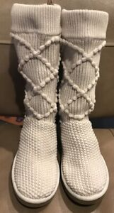Women's 7 UGG 5879 Classic Argyle Knit Sweater Tall Boots Cream with Lined Foot