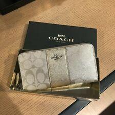 Coach Boxed Accordian Zip Wallet Signature Canvas Fits large Phones $275 Platinu
