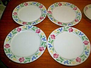 Farberware  Dorchester 4 Dinner Plates