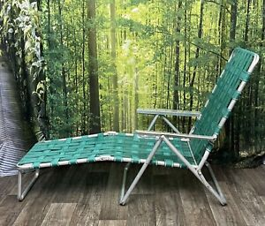Vintage MCM Aluminum Folding Chaise Lounge CHAIR pool PATIO (NEEDS NEW WEBBING)