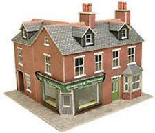 Metcalfe PO263 Corner Shop Red Brick (00 Gauge) Railway Model Kit