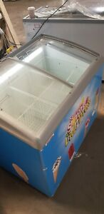 AHT ICE CREAM  COMMERCIAL FREEZER SPACE SAVER CAN DELIVER 07788156508
