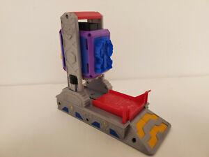2010 Hasbro Transformers Play Doh Autobot Workshop