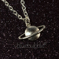 FUNKY SPACE PLANET NECKLACE COOL GALAXY FUN ASTRONOMY GIFT NOVELTY ALIEN UFO EMO