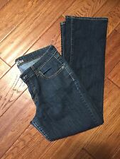 OLD NAVY THE DIVA BOOTCUT RINSE LOW RISE 12 SHORT