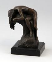 9937045 Bronze Skulptur Akt Frau auf Steinsockel signiert Milo H18cm