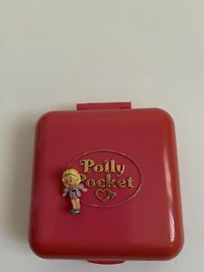 Vintage Polly Pocket Party-time Surprise