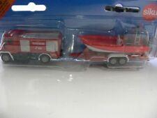 Siku MB Unimog Feuerwehr mit Motorboot 1636