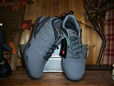 AND1 MENS ATHLETIC SHOES SIZE 10.5  BASKETBALL SHOES CASUAL DRESS SHOES SPORTS