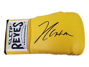 Julio Cesar Chavez Autograph Signed Glove - Boxing Legend (JSA COA)