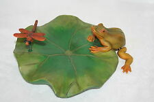 FLOATING LILY PAD with FROG & DRAGONFLY - A GREAT POND & GARDEN LOVERS GIFT