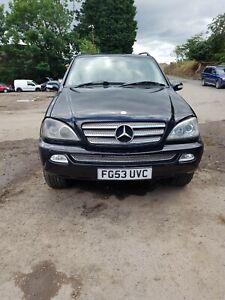 Mercedes ml 270 cdi breaking 2003 - driver's front window regulator