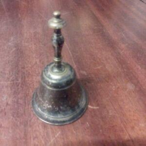 Clochette De Table Ancienne Métal Argenté