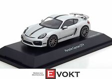 Porsche Cayman GT4 silver, model car 1:43 / Schuco