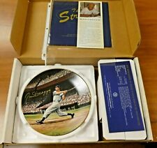 Rare Joe DiMaggio Signed Bradford Exchange Plate with All Paperwork and Box