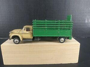 Corgi Toys  Dodge Kew Fargo Livestock Animal Transporter Truck 1:43 England