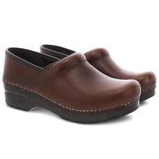Dansko 306-157878 - Professional Tan Tumbled Pull Up - Brown