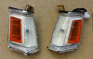 MITSUBISHI LANCER A171 1980 84 PAIR FRONT CORNER LIGHTS LEFT RIGHT AFTERMARKET