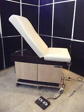 Midmark 105 Power Exam Chair~Moves Up/Down & Back~Foot Control~S2566