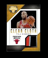 2014-15 Panini Totally Certified Clear Cloth Patch Gold Bulls Taj Gibson #88