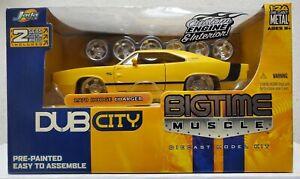 2005 Jada Toys Dub City Big Time Muscle 1970 Dodge Charger Model Kit NIB