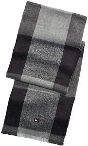 Tommy Hilfiger Mens Scarf Gray Black One Size Buffalo Check Frayed-Trim $55 131