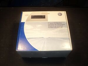 06 Volkswagen Passat 6 Disc Slave CD Changer 3C0 057 110 Brand New