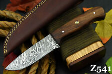 Custom Damascus Steel Hunting Knife Handmade With Walnut Handle (Z541)