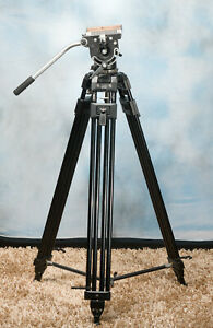 Manfrotto Bogen 116 fluid head and 3192 tripod-spreader-QRplate-handle-Very Good