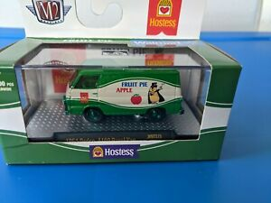 '20 M2 Machines HOSTESS CHASE 1964 DODGE A100 PANEL VAN FRUIT PIE NEW IN BOX
