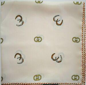 🆕️ Auth GUCCI GG LOGO HORSESHOE Print 100% SILK Pocket Square Handkerchief