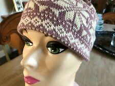 Obermeyer Ski Cap Hat - wool and acrylic - Womens One Size - purple snowflakes