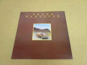 1984 Jeep Grand Wagoneer SUV sales brochure dealer literature 12 page DELUXE