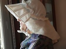 ANCIENNE COIFFE DE FEMME EN COTON-ARMATURE BOIS-DEBUT XX