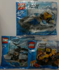 3 LEGO CITY POLY BAG MINI FIGURE SETS 30011,30014 & 30152 ,ALL SEALED in BAGS